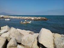 Pescatori nella barca Fotografia Stock Libera da Diritti