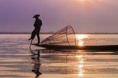 Pescatori sul lago Inle Fotografia Stock Libera da Diritti