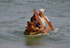 Pescatori sul lavoro Fotografie Stock Libere da Diritti