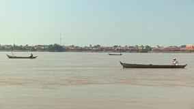 Pescatori sulla barca, barca del pesce, peschereccio, pescatore stock footage