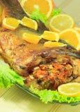 Pesce al forno farcito con le verdure Immagine Stock Libera da Diritti