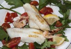 Pesce arrostito, griglia di alla di pesci Fotografie Stock