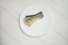 Pesce con il limone cotto a vapore Immagine Stock