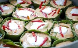 Pesce cotto a vapore con pasta di curry Fotografia Stock