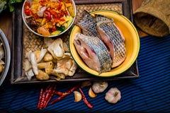 Pesce crudo di tilapia Fotografie Stock Libere da Diritti