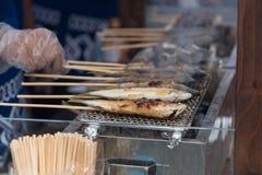 Pesce della griglia del Giappone fotografie stock libere da diritti