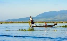 Pesce dicembre del fermo dei pescatori Fotografia Stock
