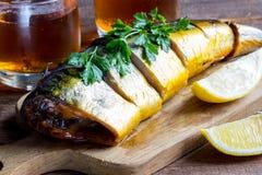 Pesce e birra affumicati Fotografia Stock Libera da Diritti