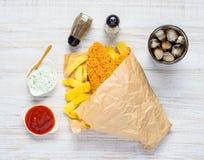 Pesce e Chips Fast Food con ketchup Immagine Stock Libera da Diritti