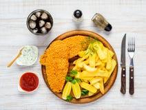 Pesce e patate fritte con gli alimenti a rapida preparazione della cola fredda Immagine Stock Libera da Diritti