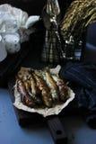 Pesce fritto con il teriyaki ed i rosmarini Fotografia Stock Libera da Diritti