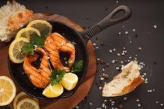Pesce fritto o grigliato Immagini Stock