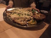 Pesce intero di recente cucinato Fotografia Stock Libera da Diritti