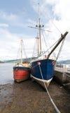 Pescherecci al porto inverary Fotografia Stock