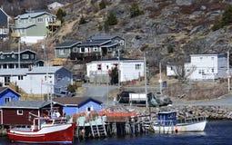 Pescherecci ancorati al bacino al porto piccolo Fotografia Stock