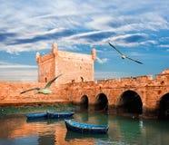 Pescherecci blu, Essaouira, Marocco immagini stock