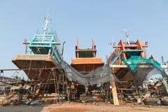 Pescherecci in cantiere navale Fotografia Stock Libera da Diritti