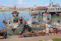 Pescherecci a porto Fotografie Stock Libere da Diritti