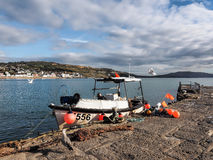 Peschereccio a Lyme Regis Harbour Fotografie Stock