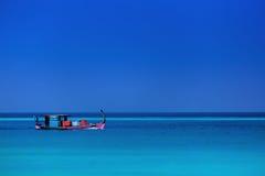 Peschereccio su Oceano Indiano, maldrives Immagini Stock