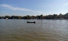 Peschereccio sul fiume Sava Fotografie Stock Libere da Diritti