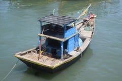 Peschereccio tipico nel Vietnam Fotografia Stock