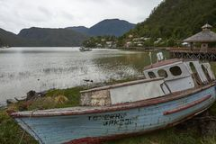 Peschereccio in Tortel, Patagonia, Cile Fotografia Stock Libera da Diritti