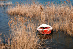 Peschereccio tradizionale sul lago Doirani Fotografia Stock