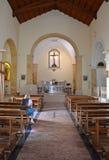 PESCHICI - SEPTEMBER 11: Inre av kyrkan av Madre di Sant'Elia Royaltyfri Bild