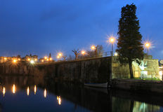 Стены города в Peschiera del Garda Стоковые Фотографии RF