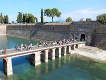 Peschiera del Garda, озеро Garda, Италия Стоковые Изображения RF