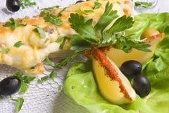 Pesci decorati con insalata Fotografia Stock Libera da Diritti