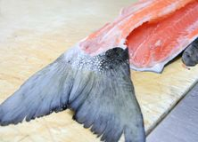 Pesci di color salmone sbucciati Fotografia Stock