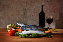 Pesci per alimento e vino Fotografia Stock Libera da Diritti