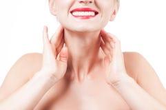 Pescoço e ombros fêmeas Mulher bonita com pele fresca limpa Fotografia de Stock