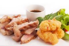 Pescoço grelhado carvão vegetal da carne de porco Fotografia de Stock