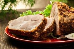 Pescoço Roasted da carne de porco com especiarias imagens de stock