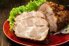 Pescoço Roasted da carne de porco com especiarias foto de stock