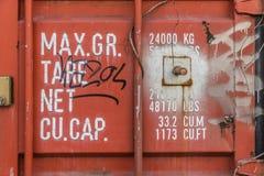Pesi del contenitore ed indicazioni di dimensioni fotografie stock libere da diritti