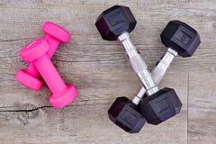 Peso cor-de-rosa do Gym Fotografia de Stock Royalty Free