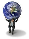 Peso del hombre del mundo con tierra en hombros Imágenes de archivo libres de regalías