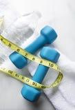 Peso perdedor com exercício e água Fotografia de Stock Royalty Free