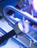 Pesos de Dumbell no gym da aptidão Imagens de Stock Royalty Free