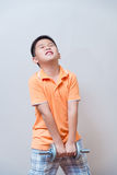 Pesos de elevación del muchacho fuerte asiático, Imagenes de archivo