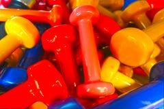 Pesos ou pesos coloridos da mão Fotos de Stock Royalty Free