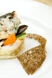 Pesque com vegetais, arroz e batatas, pão Imagem de Stock Royalty Free