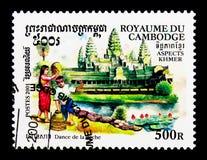 Pesque la danza, cultura del Khmer - serie de las danzas, circa 2001 Foto de archivo