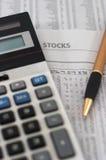 Pesquisa & análise dos dados do mercado de valores de acção Foto de Stock Royalty Free