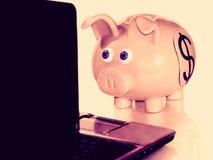 Pesquisa financeira Fotos de Stock Royalty Free