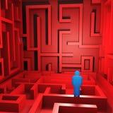 Pessoa confusa no labirinto Fotos de Stock Royalty Free